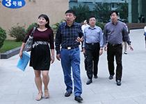 2013年11月5日,省卫生和计划生育委员会调研组深入欧宝体育官网入口市人民医院调研